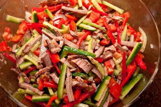 Салат из мяса и овощей рецепт
