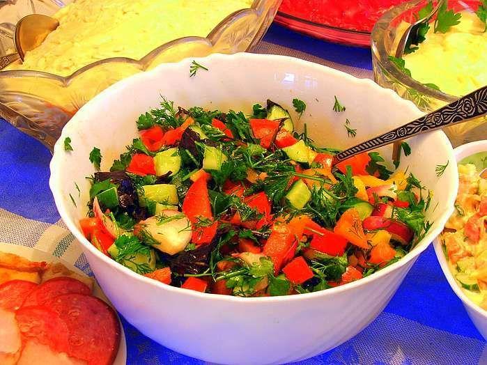 Весенние овощные салаты рецепты простые и вкусные