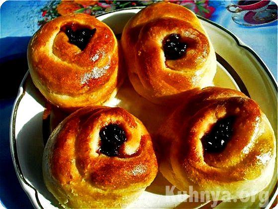 рецепт булочек в духовке на дрожжах на воде