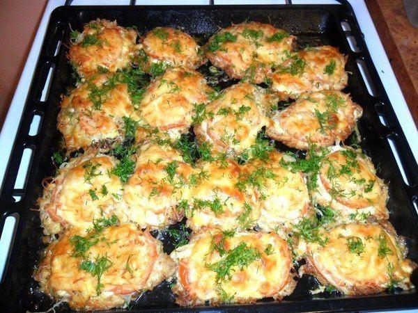 Мясо по французски с сыром и помидором рецепт с пошагово в
